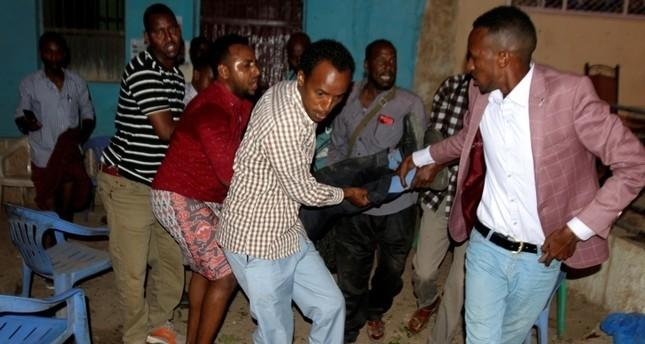 مصرع 15 شخصا بتفجيرين انتحاريين جنوب غربي الصومال