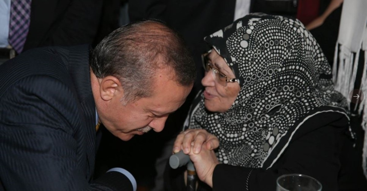 President Recep Tayyip Erdou011fan listens to u015eule Yu00fcksel u015eenler in this undated photo. The president described u015eenler as ,a pioneer, and ,a valuable writer who devoted her life to raising consciousness among the youth.,