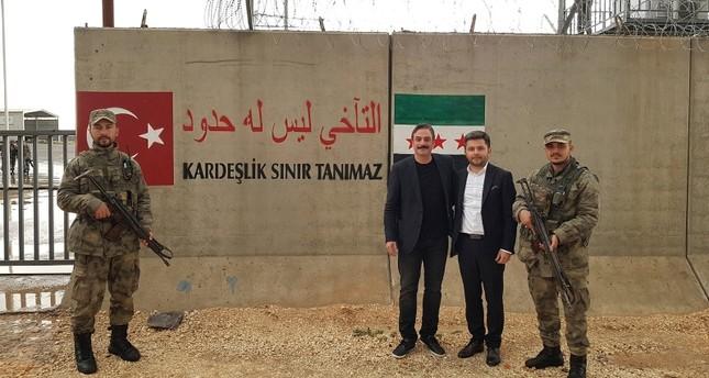 تركيا تفتتح مركز اتصالات لاسلكية في الراعي السورية