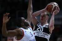 Beşiktaş fired past Anadolu Efes in Game 4 to join archrivals Fenerbahçe in the Basketball Super League Finals (BSL). The game was mostly dominated by Beşiktaş as Anadolu Efes managed to claim only...