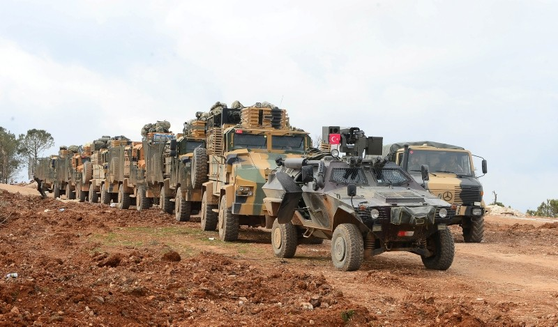 A convoy of Turkish military vehicles heading to northwestern Syria's Afrin during Turkey's Operation Olive Branch in the region. (AA Photo)