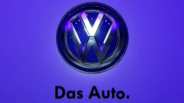 The Volkswagen logo is seen at the Frankfurt Motor Show (IAA) in Frankfurt, Germany, Sept. 10, 2013. (Reuters Photo)