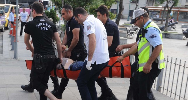 Syrian teenagers save life of drowning Turkish man in Istanbul's Bosporus