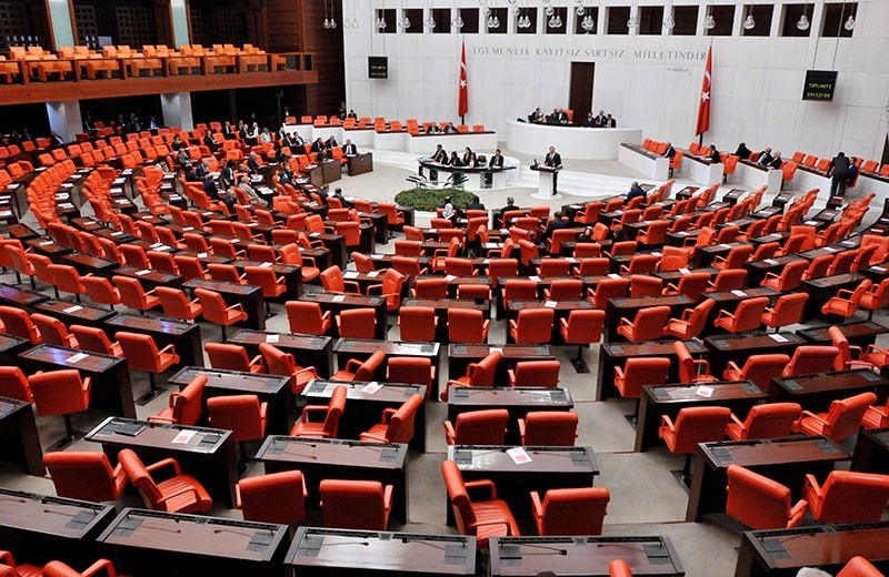 A view of the general assembly hall of Turkey's Parliament, May 27, 2016. (Photo: Sabah / Ali Ekeyu0131lmaz)