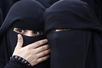 Western German state plans to ban facial coverings in courts