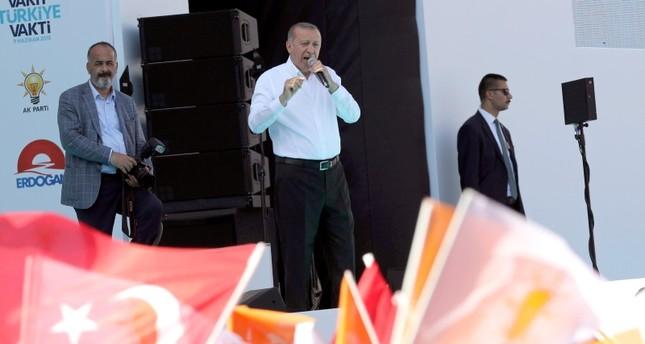 أردوغان: أنقرة ستشهد بناء منطقة متخصصة بالفضاء والطيران وملعبا وفق المعايير الدولية