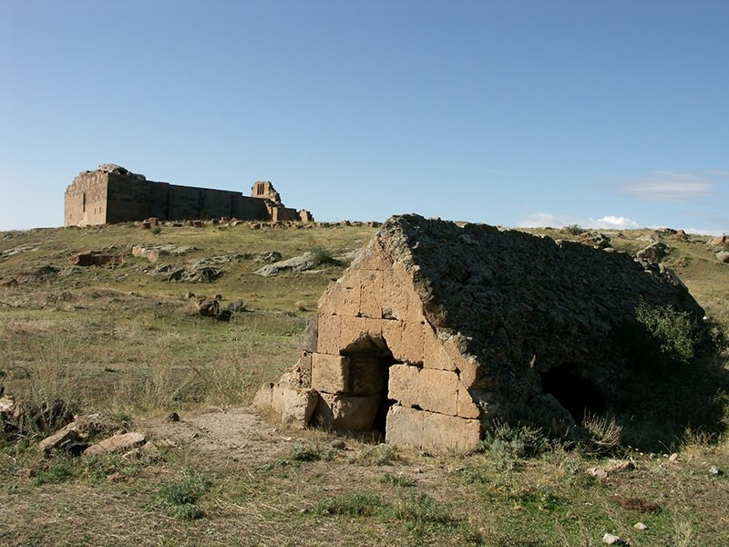 Archaeological site of Ererouyk and village of Ani Pemza, Armenia