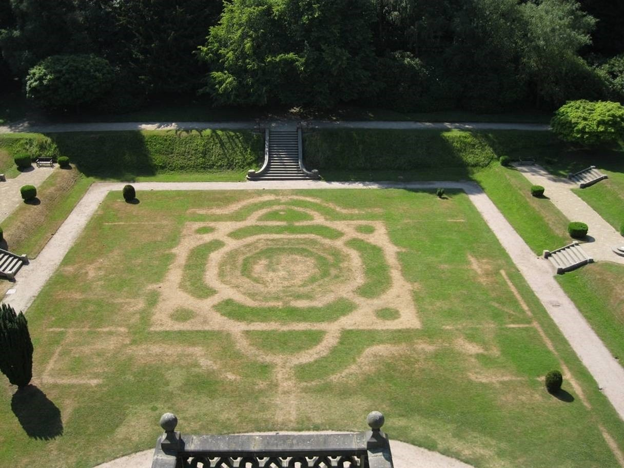 Crop marks show of the old garden at Gawthorpe Hall, Lancashire (Photo courtesy of SWNS.com)