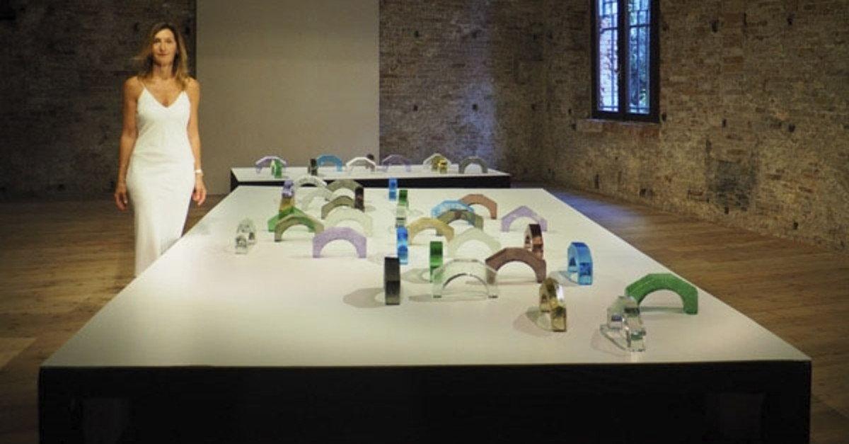 Feleku015fan Onar reflects the cultural interaction between the Ottoman Empire and Venice in her glass bridges.