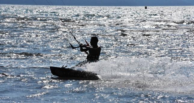 موغلا التركية تستضيف الدوري العالمي للتزحلق على الأمواج