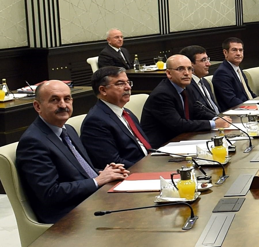 President Erdoğan's heads cabinet meeting for first time