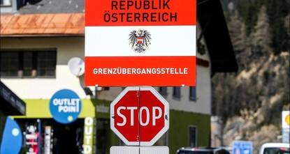 pÖsterreichs Regierung hat am Mittwoch einen Gesetzentwurf verabschiedet, nach dem Asylbewerber künftig ihre Mobiltelefone und bis zu 840 Euro Bargeld an die Behörden übergeben müssen. Das...