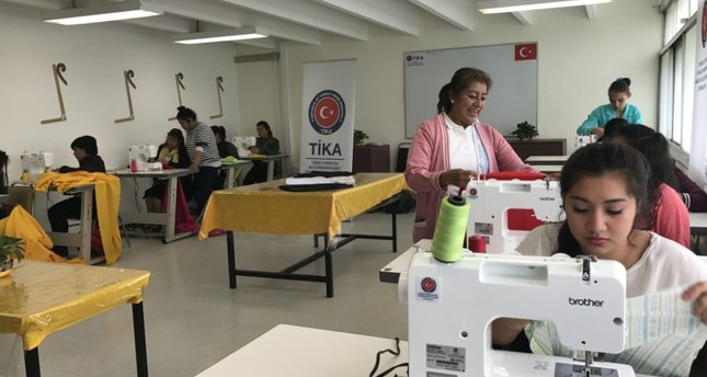 In Mexico, the development agency helps disadvantaged girls to learn a vocation by setting up sewing classes.