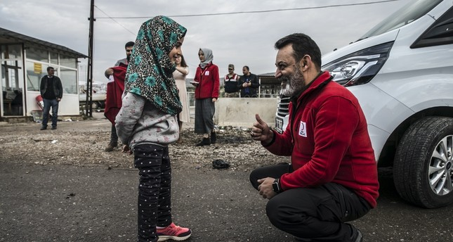Little girl Maya returns to Idlib after prosthetic leg surgery in Istanbul