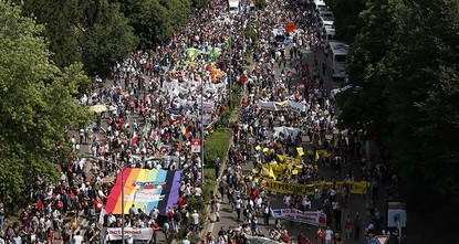 pNearly 100,000 people joined Without borders rally in Milan on Saturday to demonstrate their support of migrants and their rights./p  pThe organizers of the event said that they tried to...