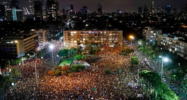 آلاف الإسرائيليين يتظاهرون احتجاجاً على تعاطي الحكومة مع أزمة كورونا
