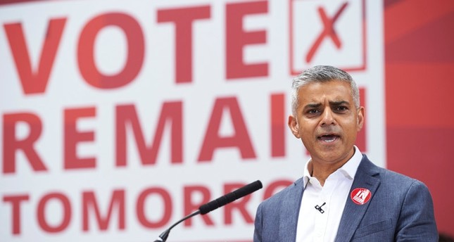 London Mayor Sadiq Khan speaks at a rally in favour of remaining in the EU in central london on June 22, 2016emAFP Photo/em