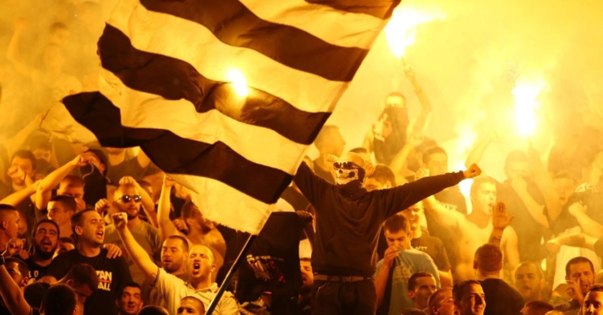 Partizan Belgrade's fans cheer during the Super Liga match against Red Star Belgrade, on September 17, 2019. (Reuters Photo)