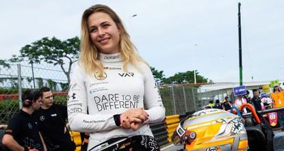 German teen driver Floersch fractures spine in horrific Macau GP airborne crash