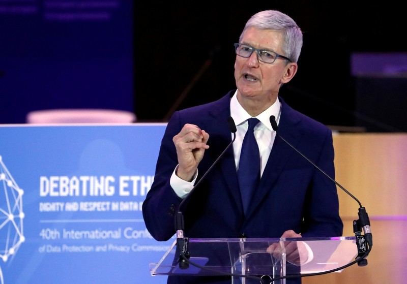 Apple CEO Tim Cook delivers a keynote during the European Union's privacy conference at the EU Parliament in Brussels, Belgium October 24, 2018. (Reuters Photo)