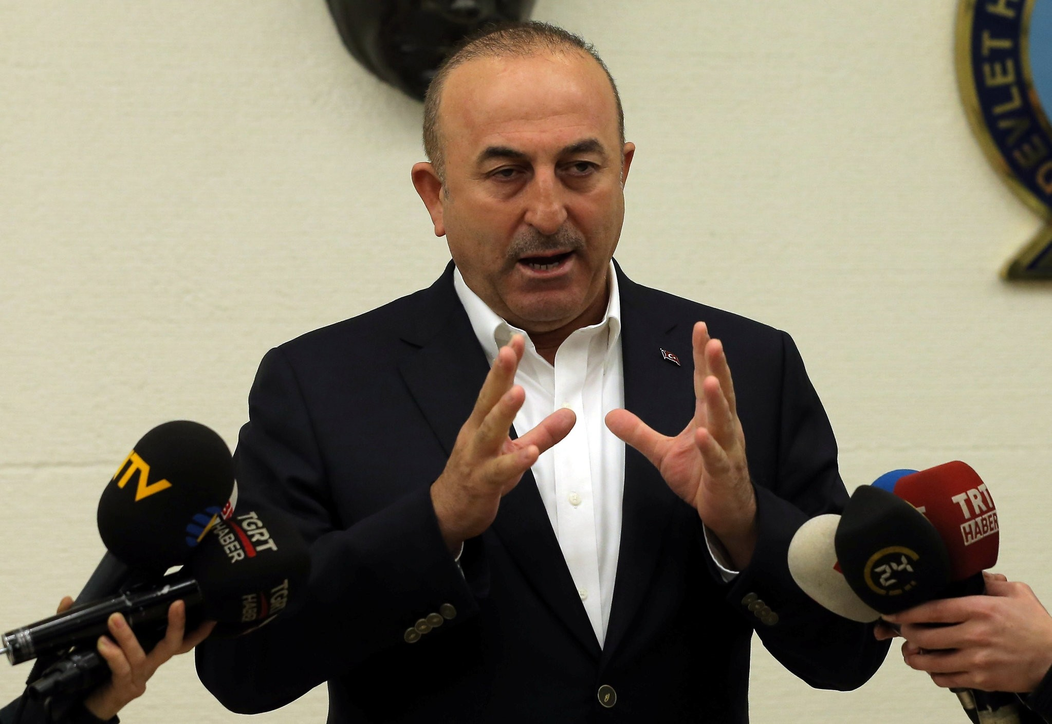 Foreign Minister Mevlut Cavusoglu speaks during a news conference at Ataturk International airport in Istanbul, Turkey, March 11, 2017. (REUTERS Photo)