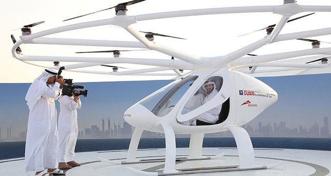 Dubai Crown Prince Sheikh Hamdan bin Mohammed bin Rashid Al Maktoum is seen inside the flying taxi in Dubai, United Arab Emirates September 25, 2017. (Reuters)