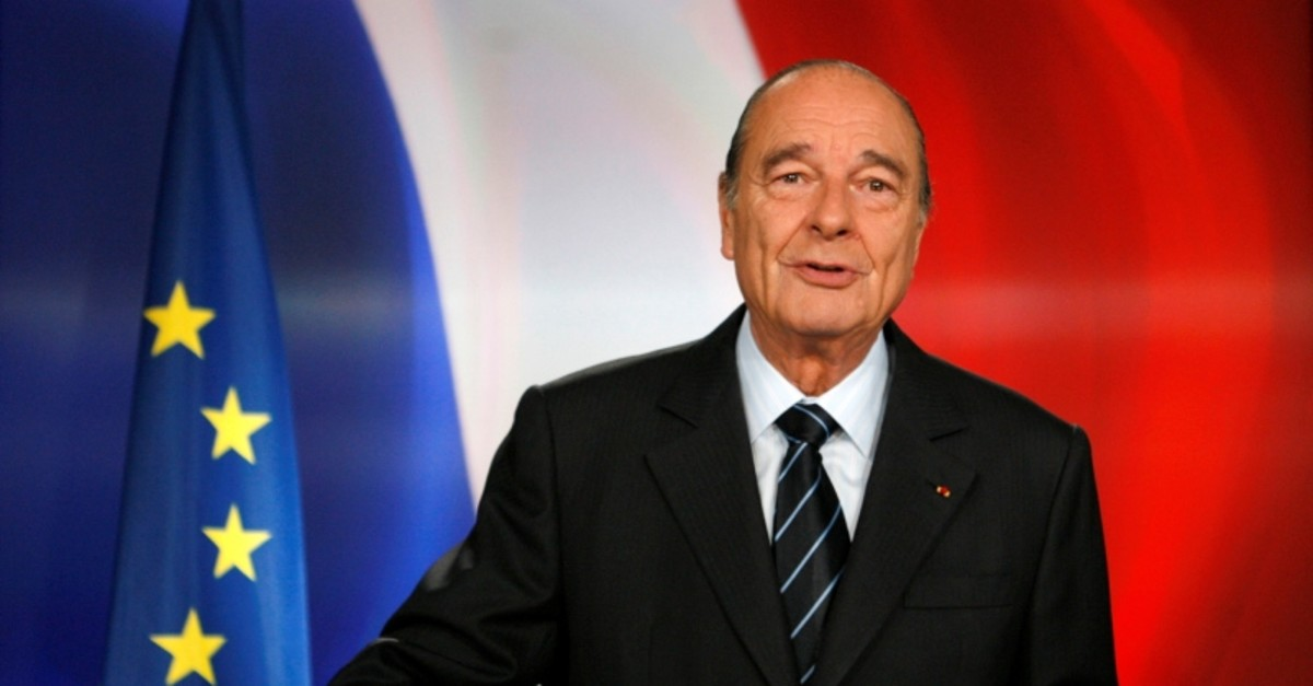 French President Jacques Chirac poses following a national television address from the Elysee Palace in Paris, France,  March 11, 2007. Picture taken March 11, 2007. (Reuters File Photo)