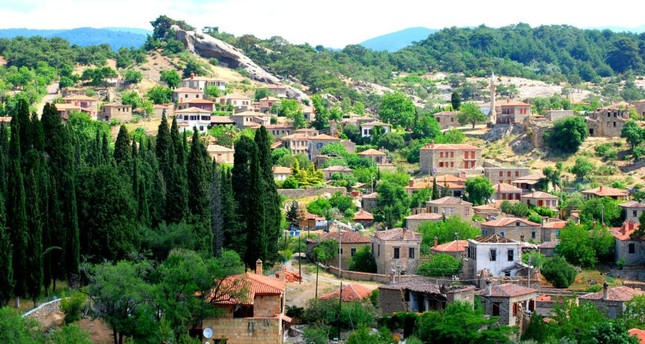 Stone houses and natural wonders: the pleasures of Adatepe
