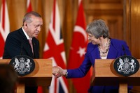 Erdoğan, May discuss bilateral relations, regional issues in phone call