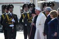 """Das türkische Außenministerium kritisierte Papst Franziskus. Auf seiner zweitägigen Armeneinreise bezeichnete Franziskus die Vorfälle von 1915 als """"Völkermord"""
