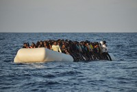 More than 2,500 migrants rescued in recent days in the Mediterranean, over 30 dead
