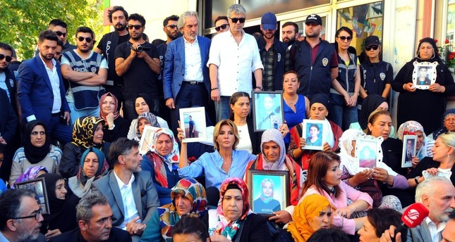 Grave dilemma pushes Kurdish mother to join sit-in protests against PKK