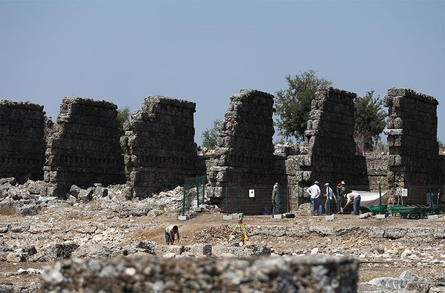 Two millennium old shops found in Turkey's Antalya province