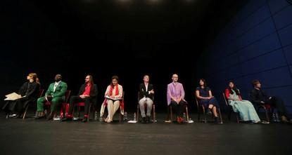 pMit einem Vortrag über Fluchterfahrungen und Unsicherheit in der heutigen Welt ist die Pressekonferenz der documenta 14 am Mittwoch in Kassel eröffnet worden./p  p«Wir leben in einem...