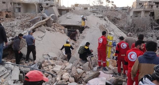 مقتل 10 مدنيين في غارات جوية على مناطق سكنية بإدلب السورية
