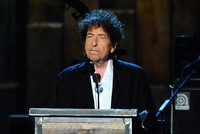 Absentee Dylan writes thank-you speech for Nobel ceremony