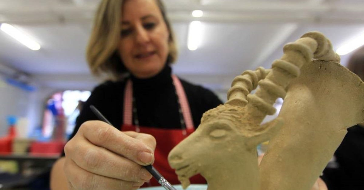 Archaeological figures unearthed from excavations in Anatolia are being revitalized with ceramics. (AA Photo)