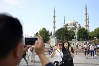 """Mit Beginn der Sommerferien kommen immer mehr Ausländer ins Land und sorgen für einen beträchtlichen Aufschwung: Das """"Türkische Statistikinstitut"""