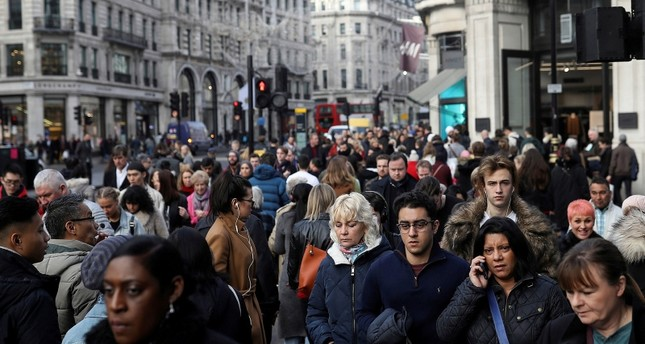 UK home to about 136,000 modern slaves: survey