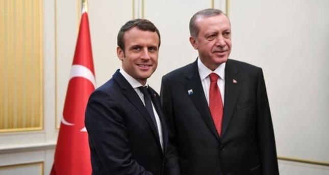 أردوغان وماكرون يبحثان هاتفياً الملف السوري والحرب على الإرهاب