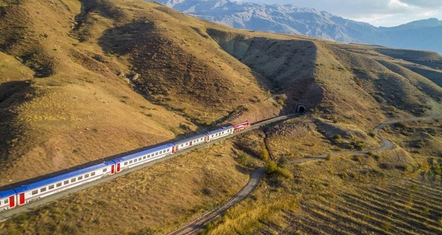 The Eastern Express completes its route from Ankara to Kars in 25 hours. (AA Photo)