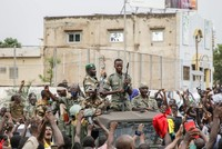 إدانة دولية بالانقلاب العسكري في مالي ومطالبات بإطلاق سراح الرئيس