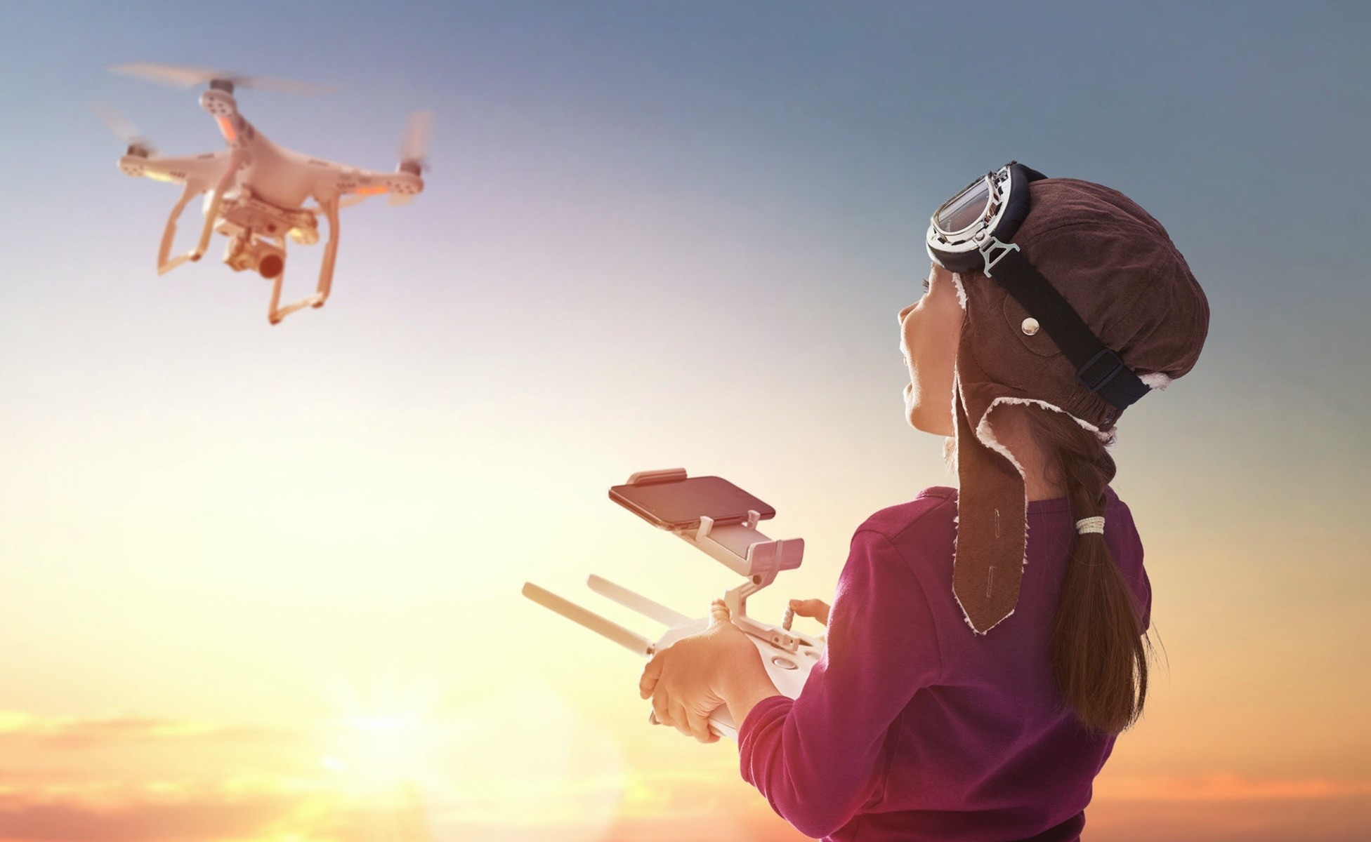 High technology toys, such as helicopters, drones, remote control cars, planes and robots, will take place at the Istanbul Toy Fair at Tu00dcYAP.
