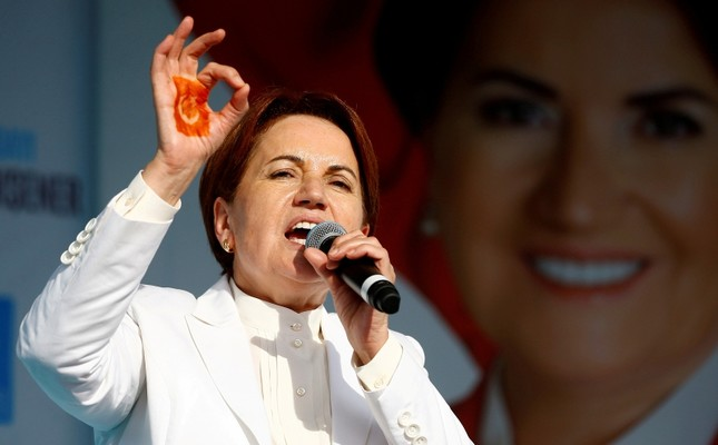 IYI (Good) Party leader Meral Akşener addresses her supporters during an election rally in Izmit, Turkey, June 19, 2018. (Reuters Photo)