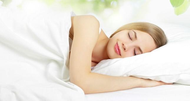 جودة النوم تؤثر على الصحة النفسية للإنسان أكثر من الجنس وزيادة الراتب
