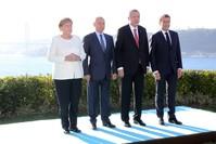 أردوغان ويوتين وماكرن وميركل قبيل القمة الرباعية حول سوريا في إسطنبول الأناضول