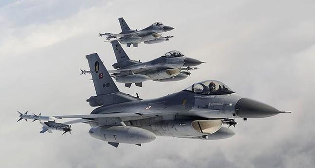 مقاتلات تركية تدمر أهدافاً للإرهابيين جنوبي تركيا وشمالي العراق