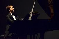 Folk music in operatic style creates rising trend