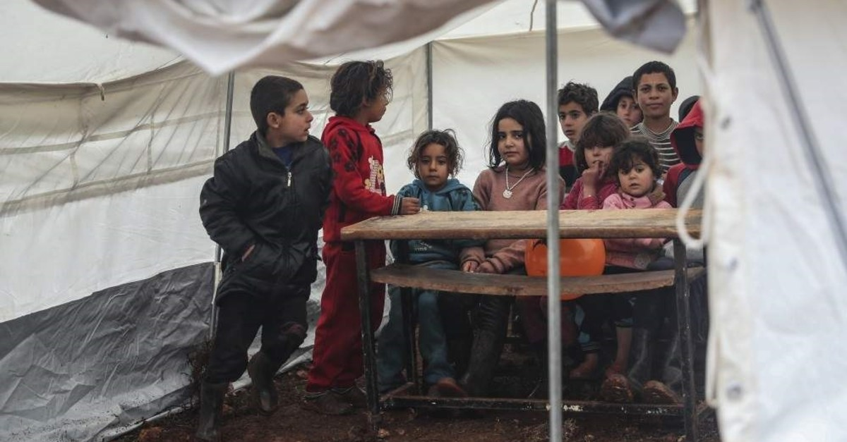 A 12-square-meter tent turned into a school by volunteers, Idlib, Jan.10, 2020. (AA PHOTO)