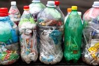 ثمانية طرق عملية لتخفيف استهلاك البلاستيك في حياتنا